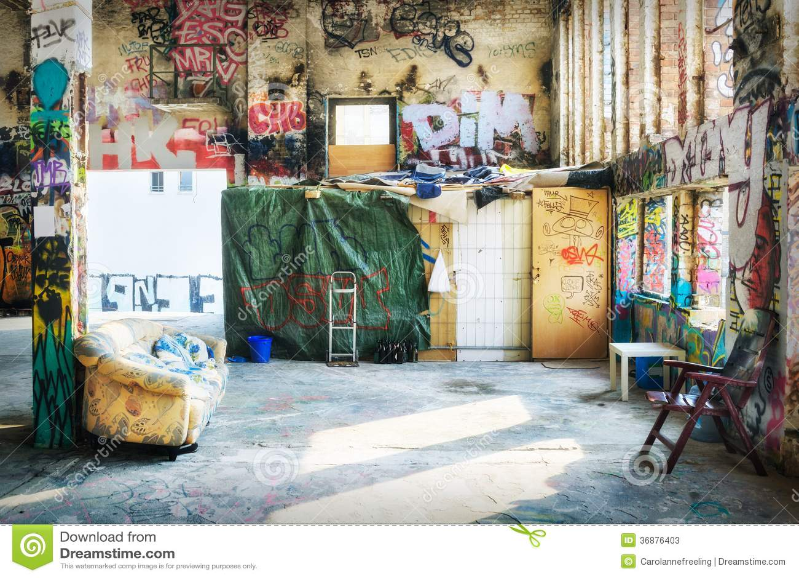 Download Costruzione Occupata A Berlino Immagine Stock - Immagine di graffiti, nessuno: 36876403