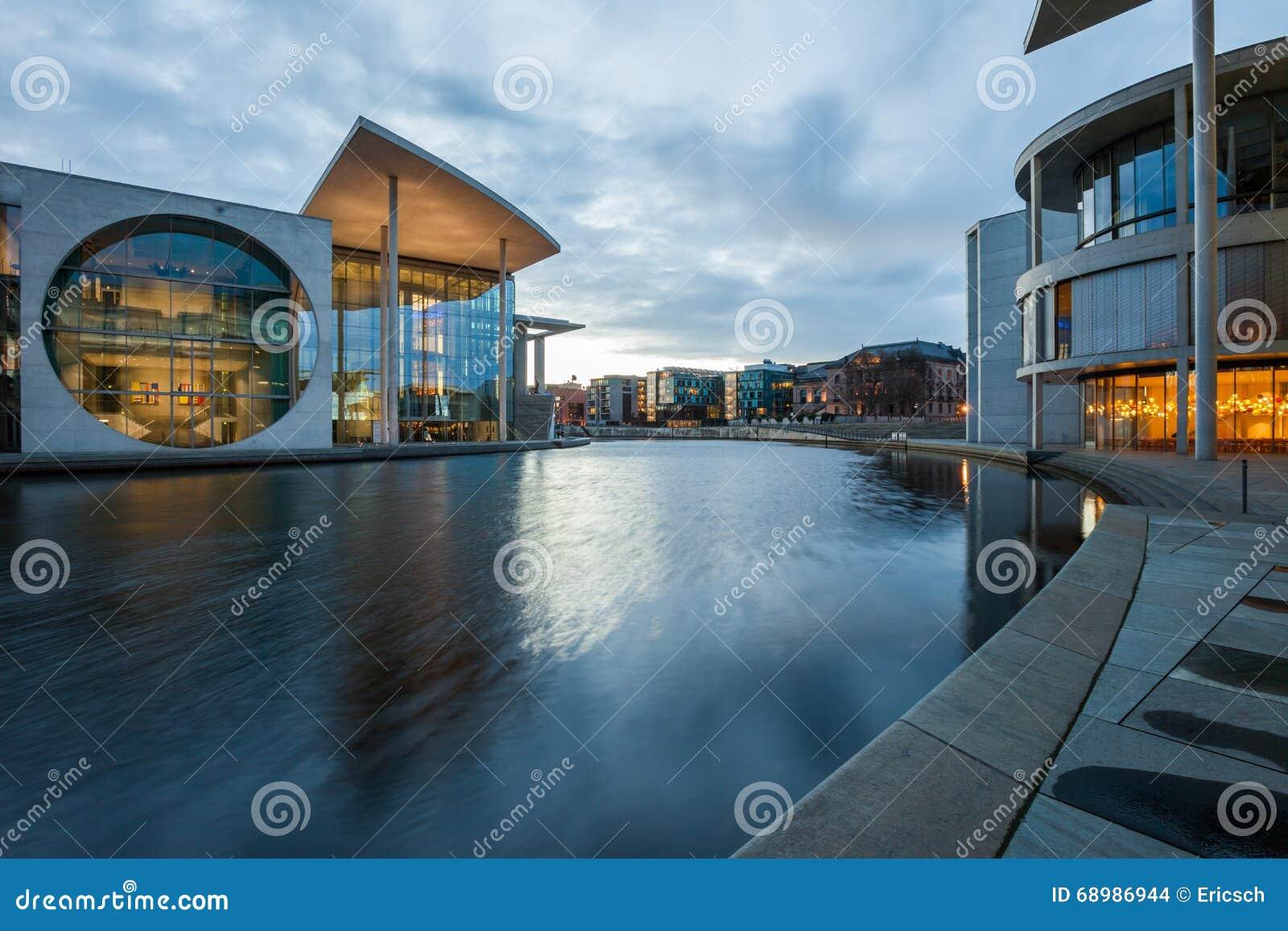 Costruzioni dell aiutante di Bundestag del tedesco