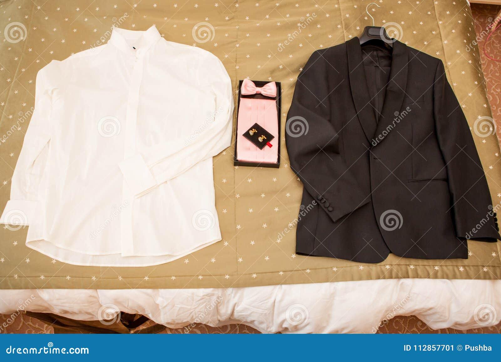 Costume MasculinVeste Noeud Avec Papillon Une Et Noire Un EI9WDH2
