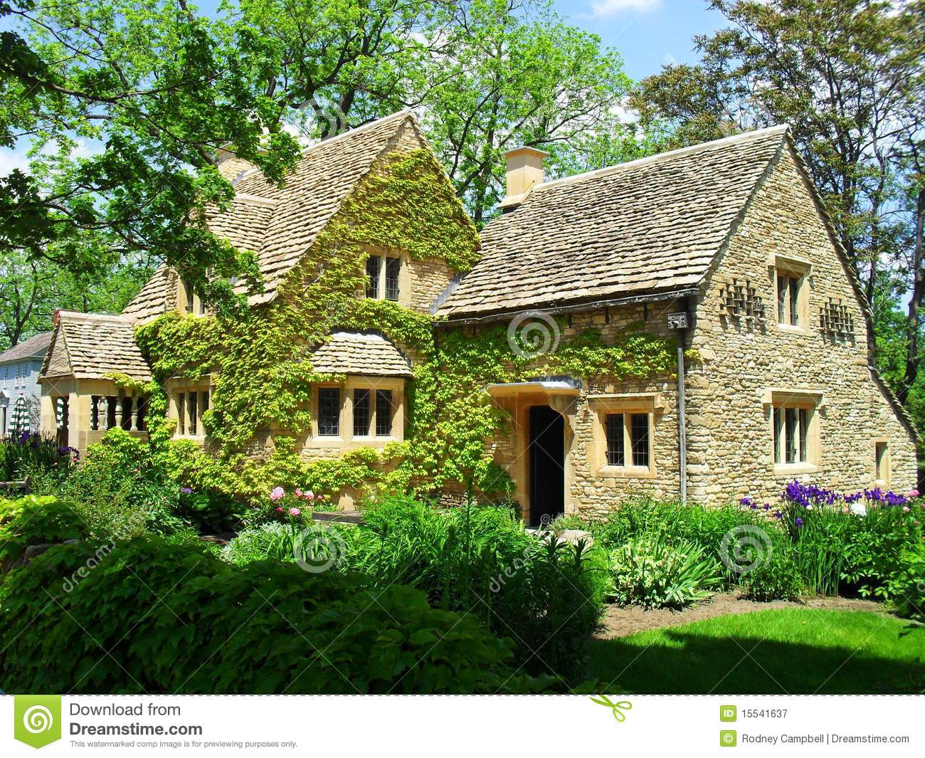 Cotswold Cottage Stock Image Image Of Windows Building