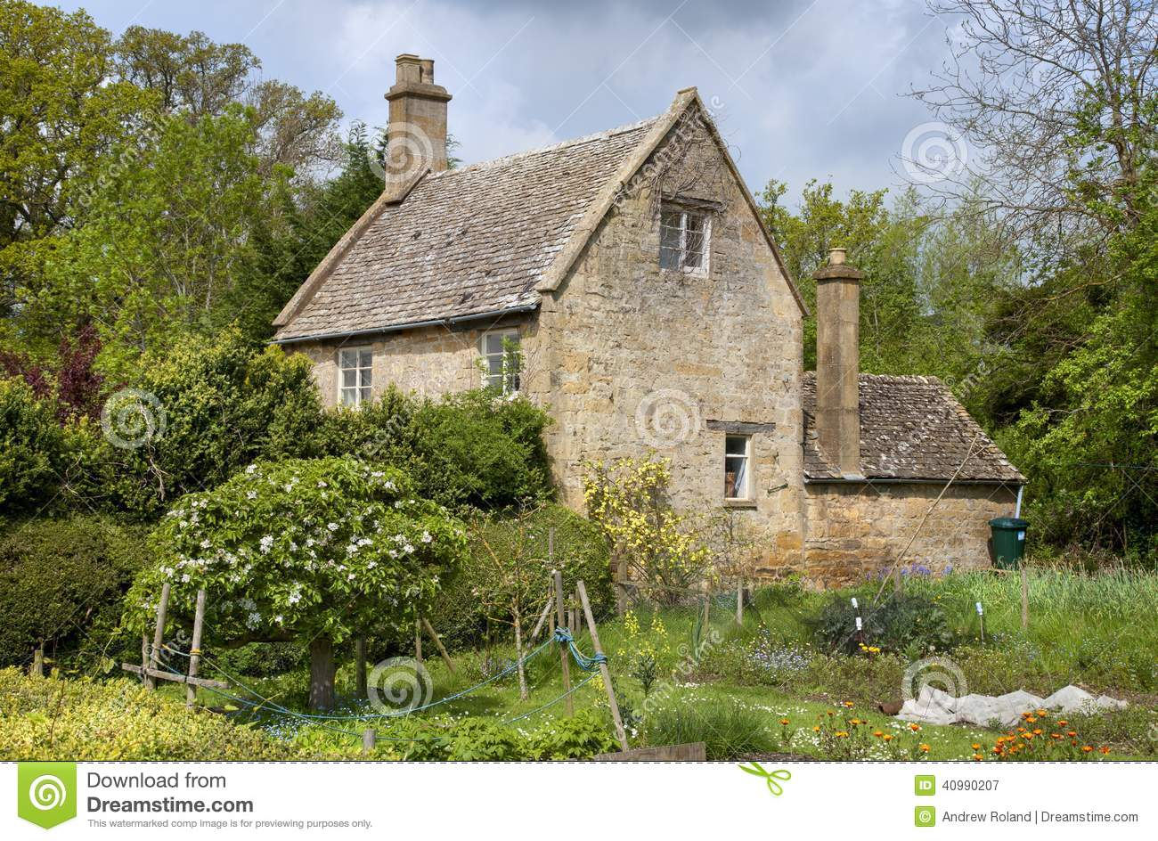 Cotswold Cottage Stock Image Image Of Flowers Kingdom