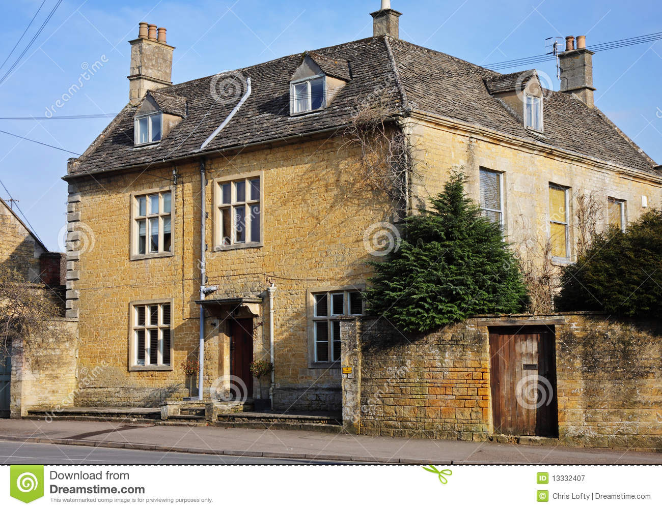 Cotswold stone village houses stock image image of for Architecture design for home in village