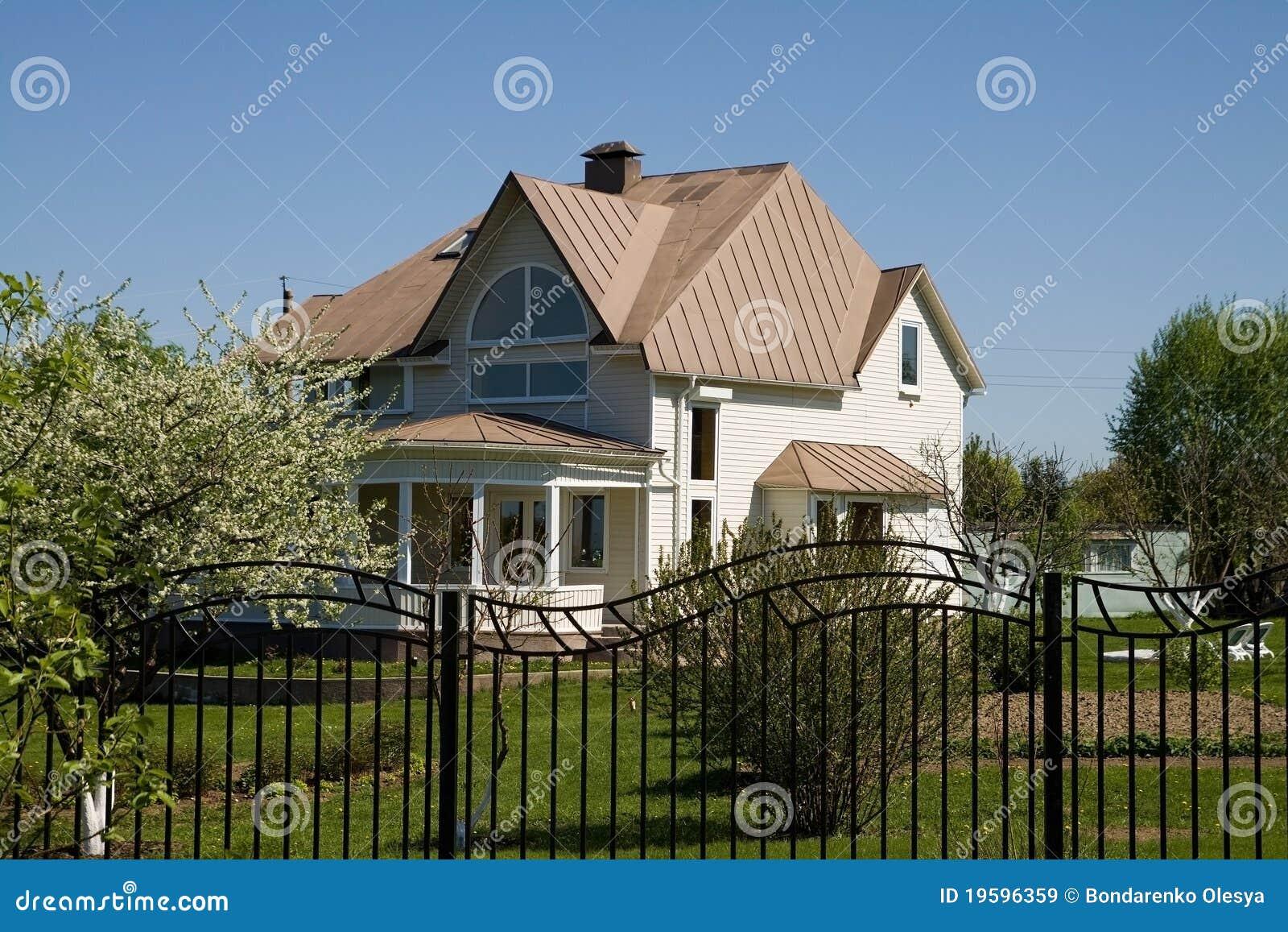 Cottage immagini stock libere da diritti immagine 19596359 for Disegni cottage portico anteriore