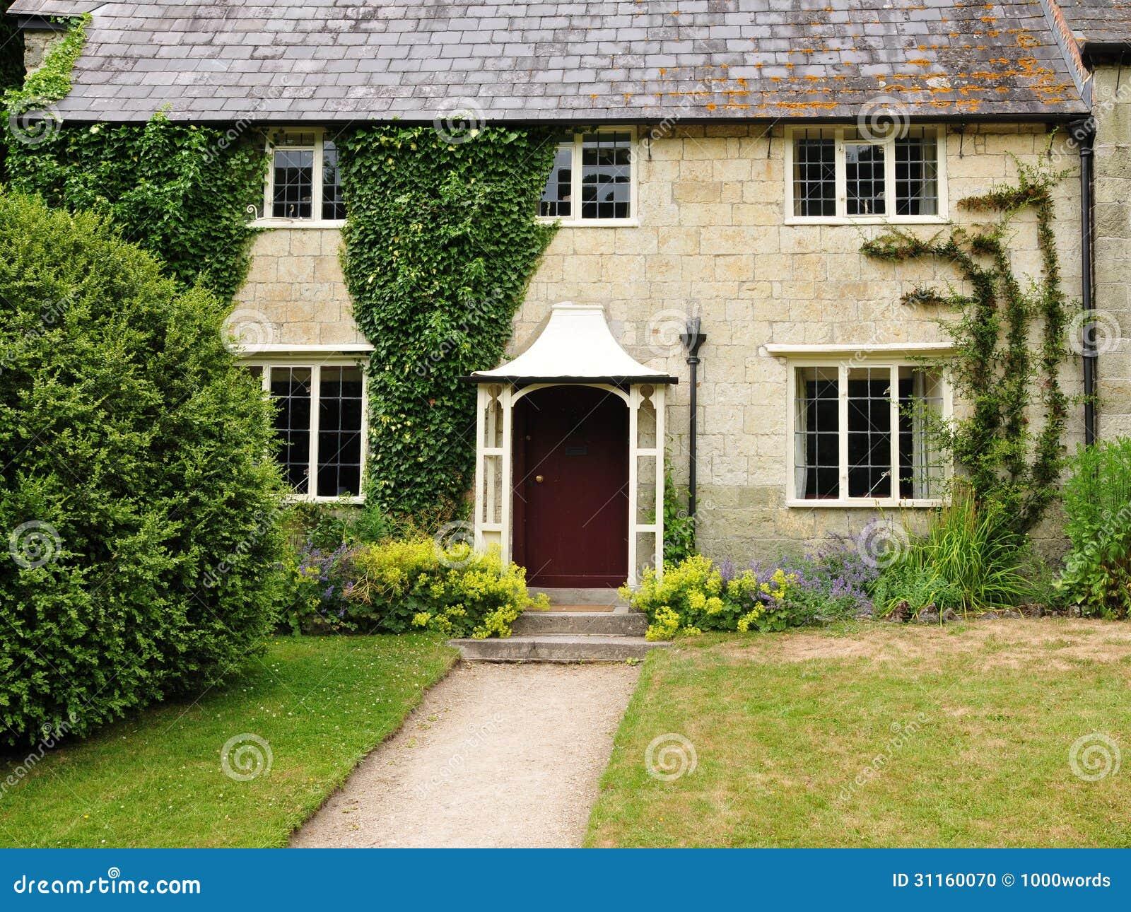 cottage e giardino inglesi fotografia stock immagine di