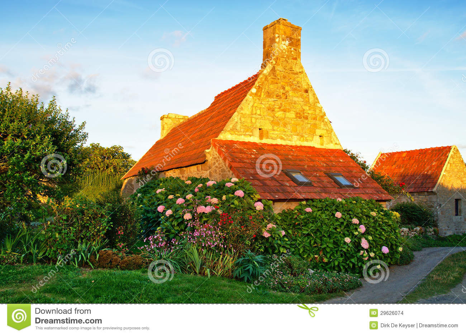 Cottage Fleuri En Bretagne Photo Stock Image Du