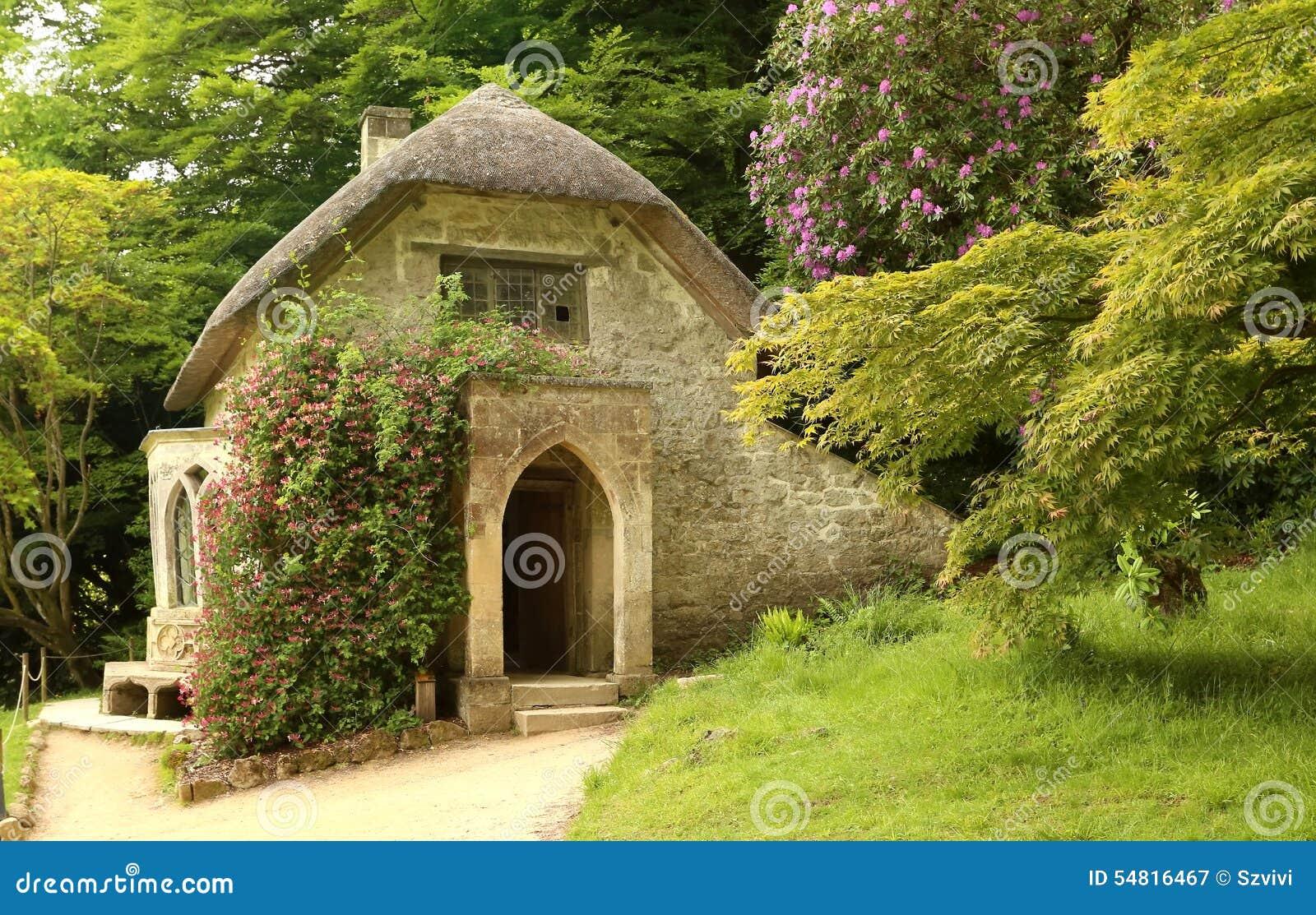Cottage Gothique Dans Le Jardin De Stourhead En
