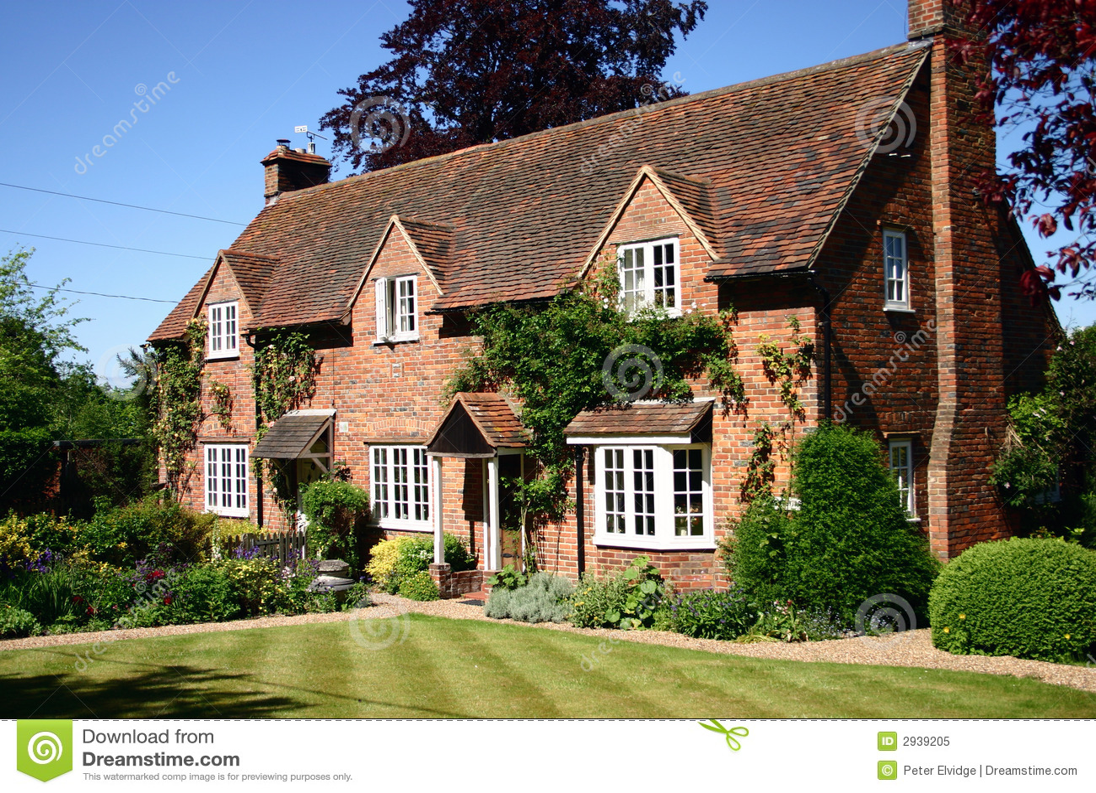 Cottage inglese del paese immagine stock immagine di for Cottage inglese perfetto