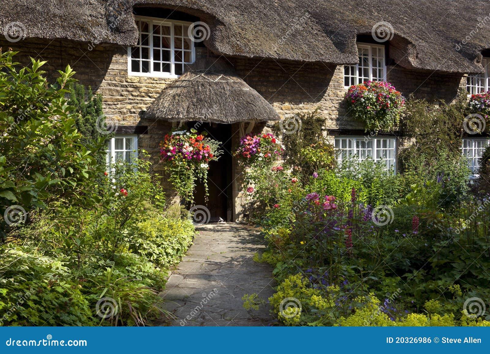 Cottage inglese del paese yorkshire inghilterra for Piani di fattoria del cottage