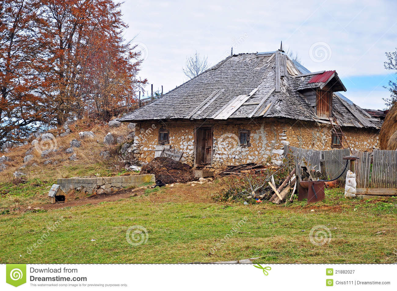 Cottage In Mountain Royalty Free Stock Photography Image