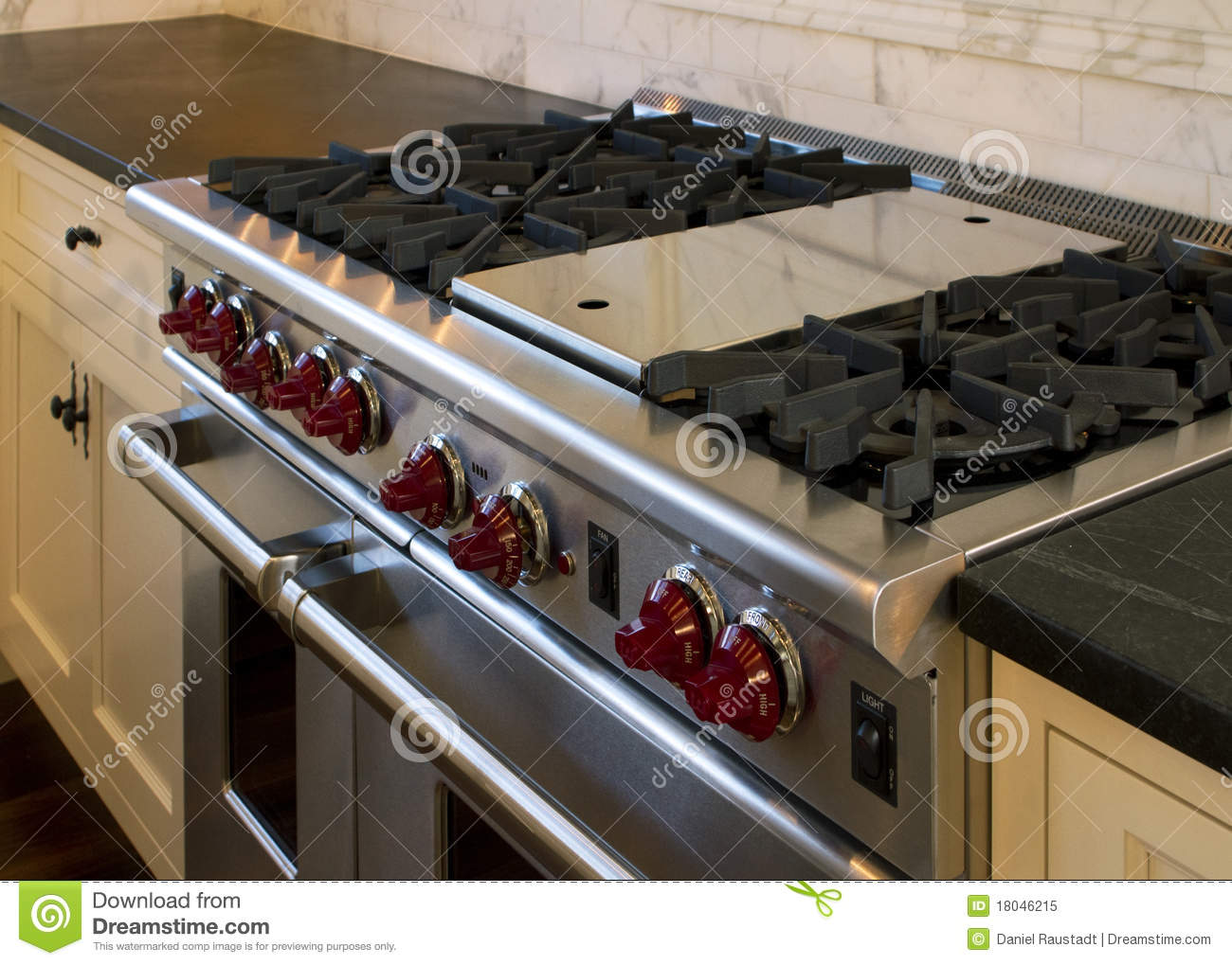 Cottage Style Kitchen Gas Cooking Range Stock Image - Image: 18046215