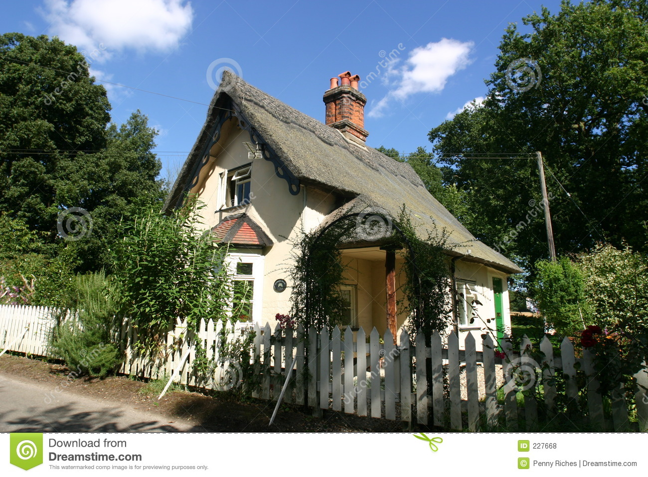 Cottage Thatched 2