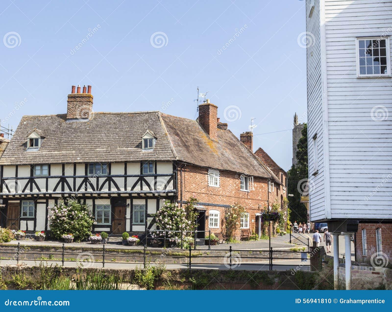 Cottages historiques dans Tewkesbury, Gloucestershire, R-U