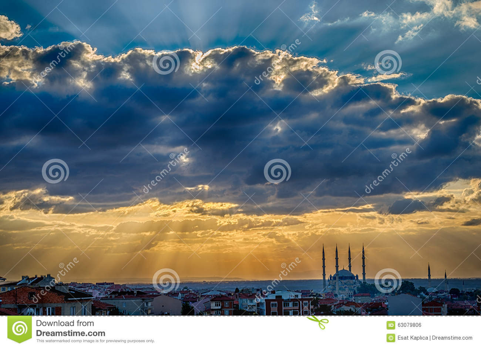 Download Coucher du soleil à Edirne photo stock. Image du islam - 63079806