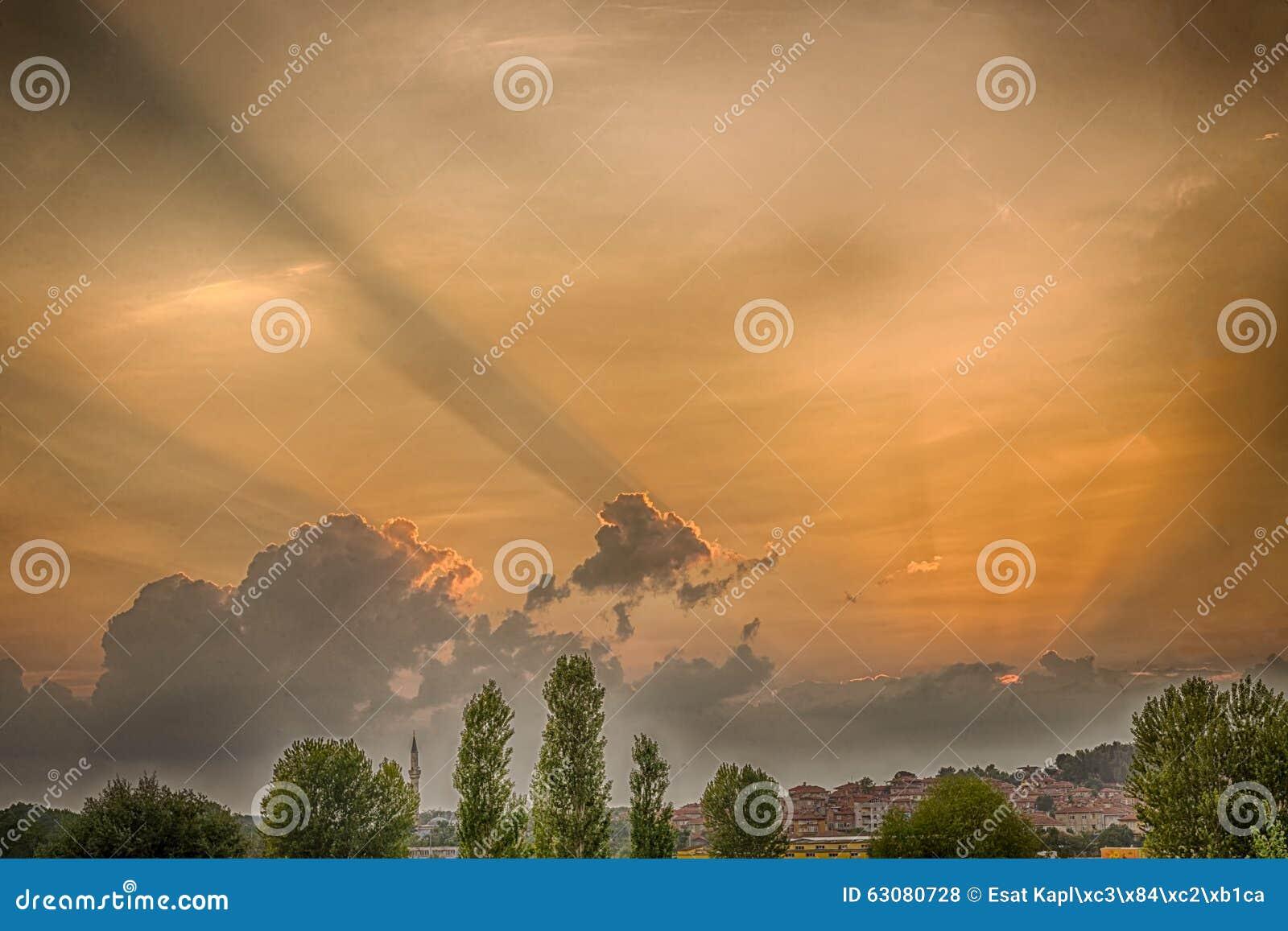 Download Coucher du soleil à Edirne photo stock. Image du arabe - 63080728