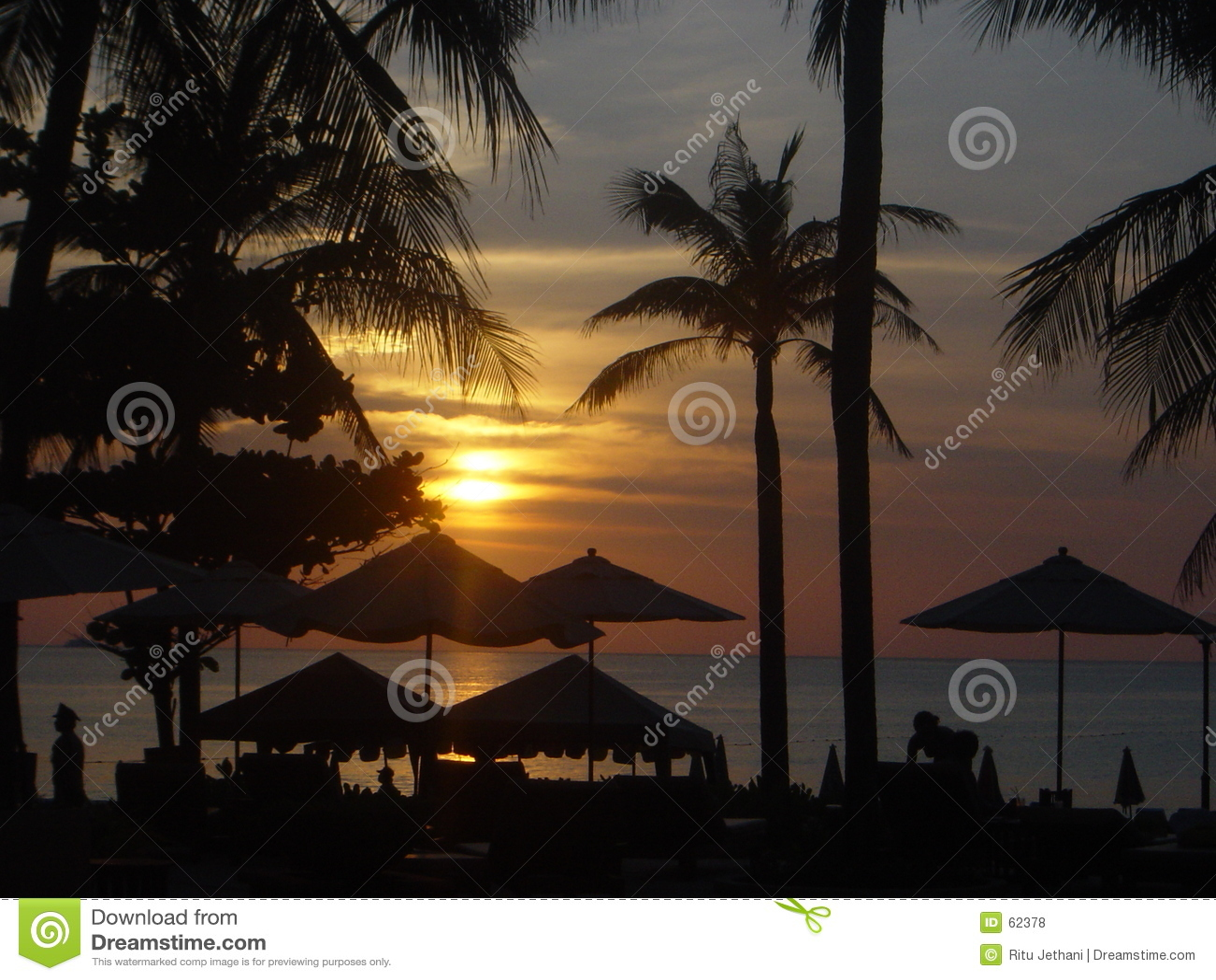 Download Coucher Du Soleil à Phuket, Thaïlande Photo stock - Image du seashore, île: 62378