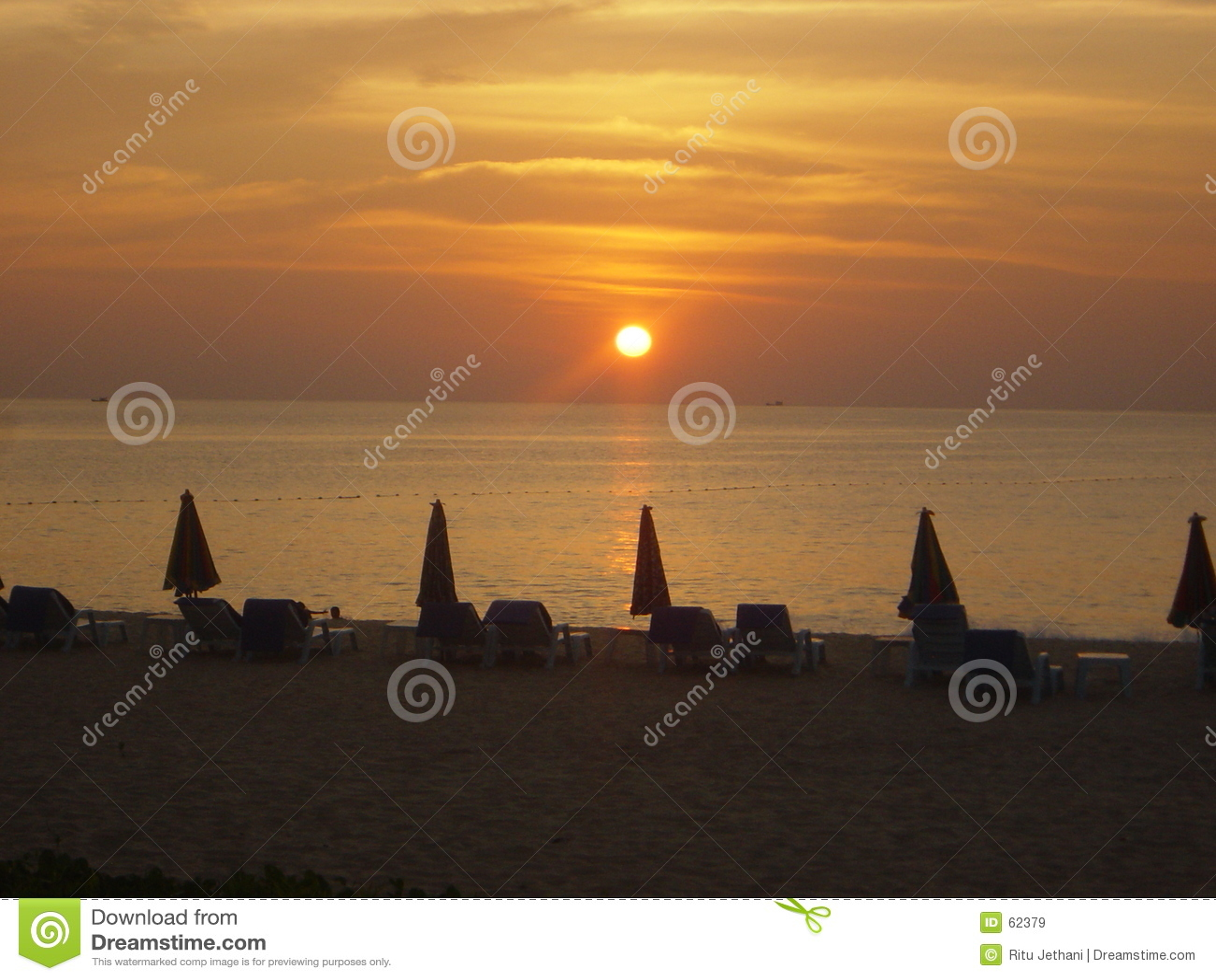 Download Coucher Du Soleil à Phuket, Thaïlande Image stock - Image du seaside, thailand: 62379