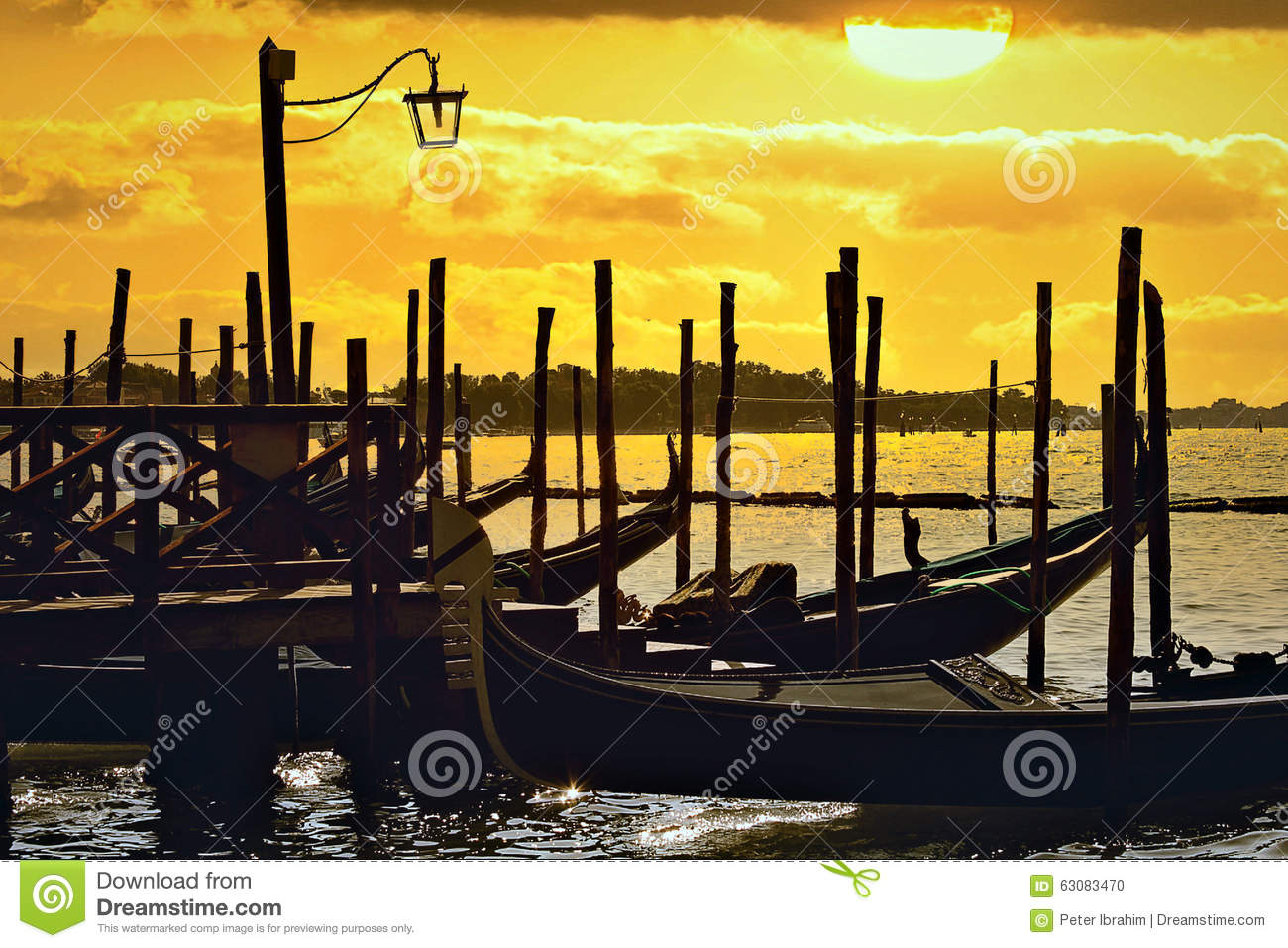 Download Coucher du soleil à Venise photo stock. Image du venise - 63083470