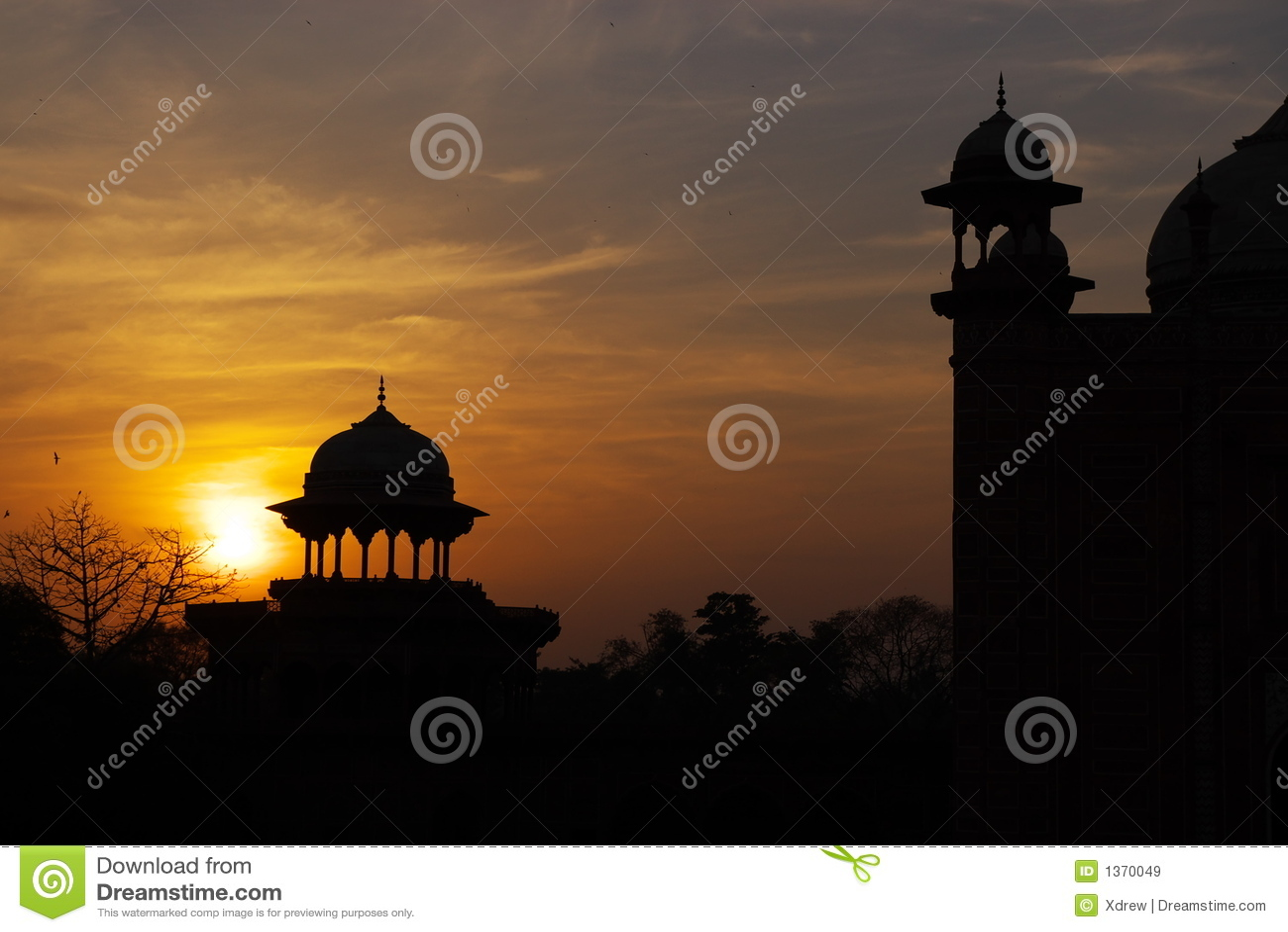 Coucher du soleil architectural