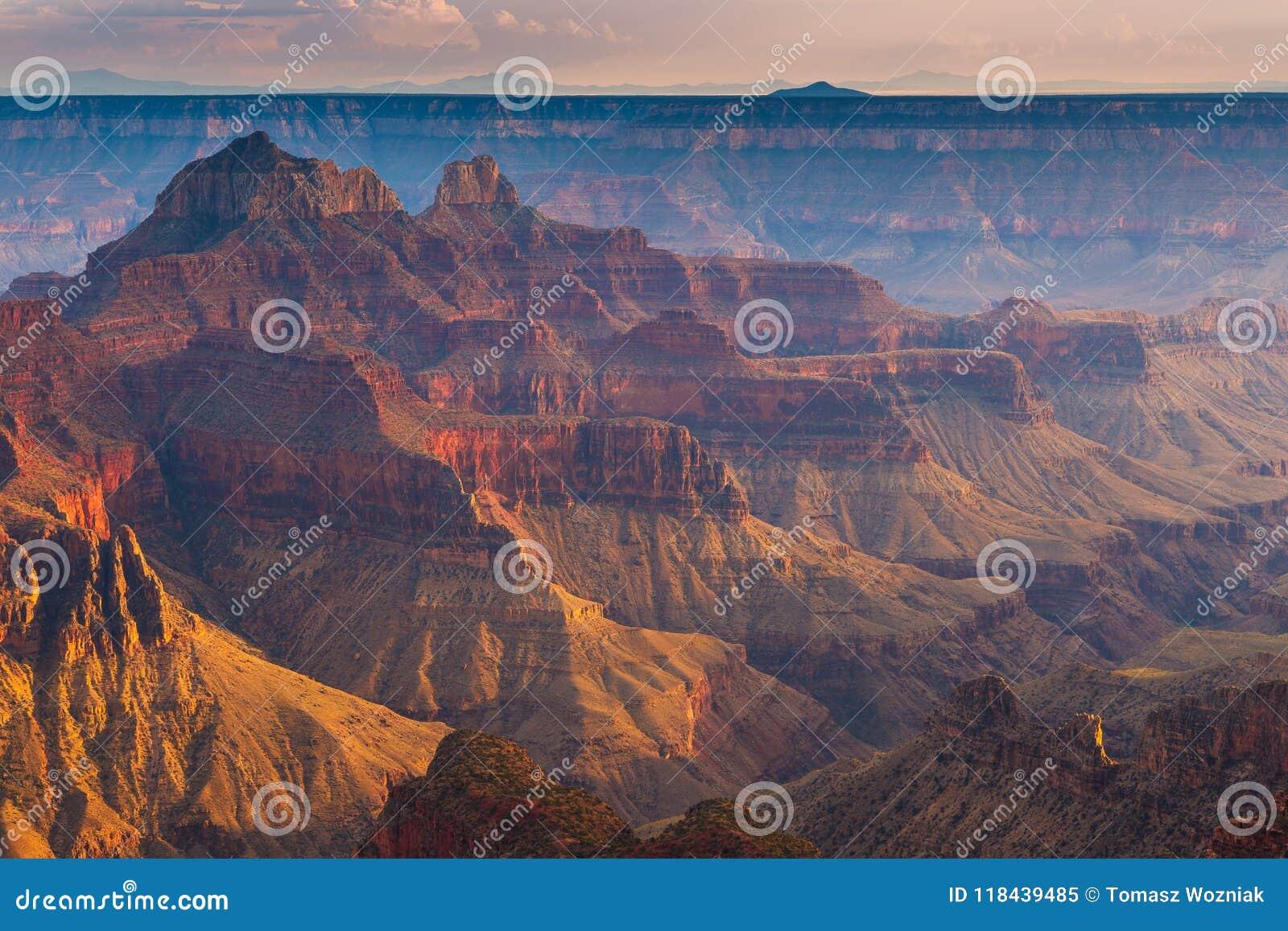 Coucher du soleil au-dessus de Grand Canyon, jante du nord