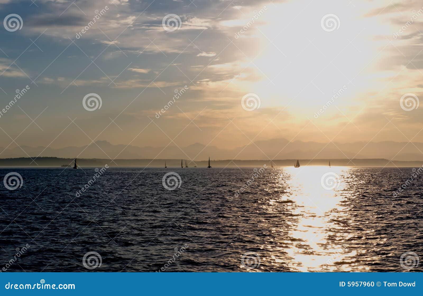 Coucher du soleil au-dessus du compartiment