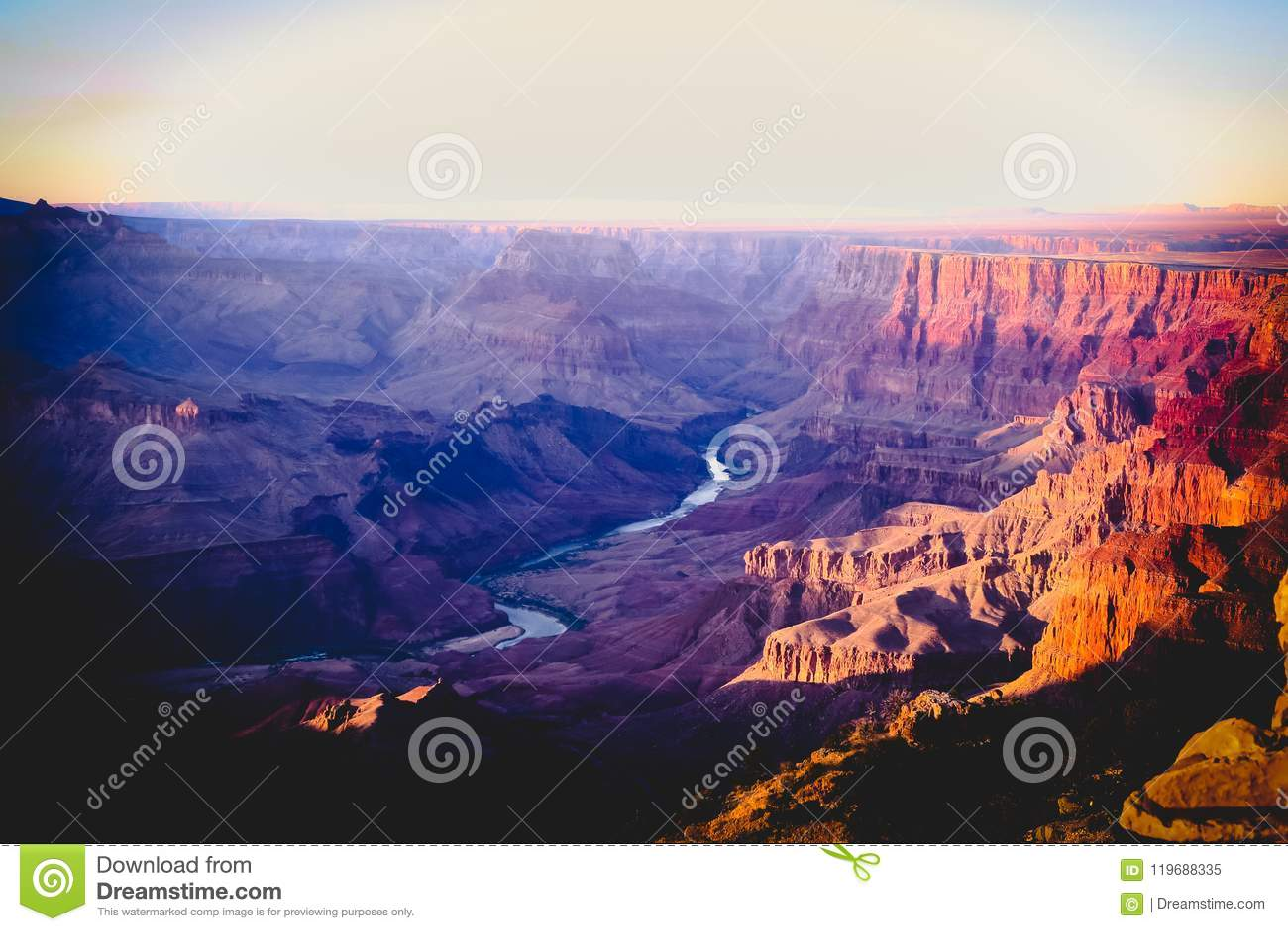 Coucher du soleil chez Grand Canyon Arizona Etats-Unis
