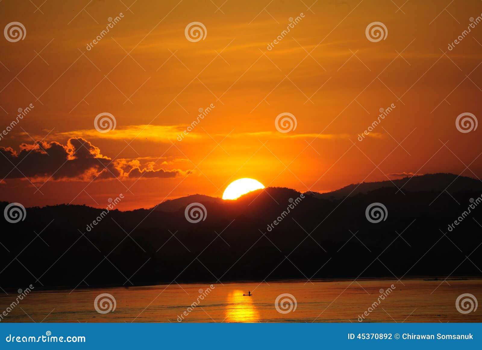 Coucher du soleil Chiang Khan Thailand