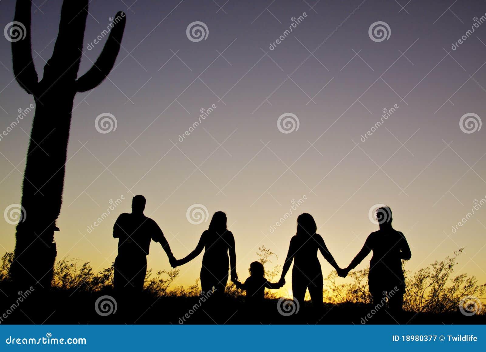 Coucher du soleil d unité de famille