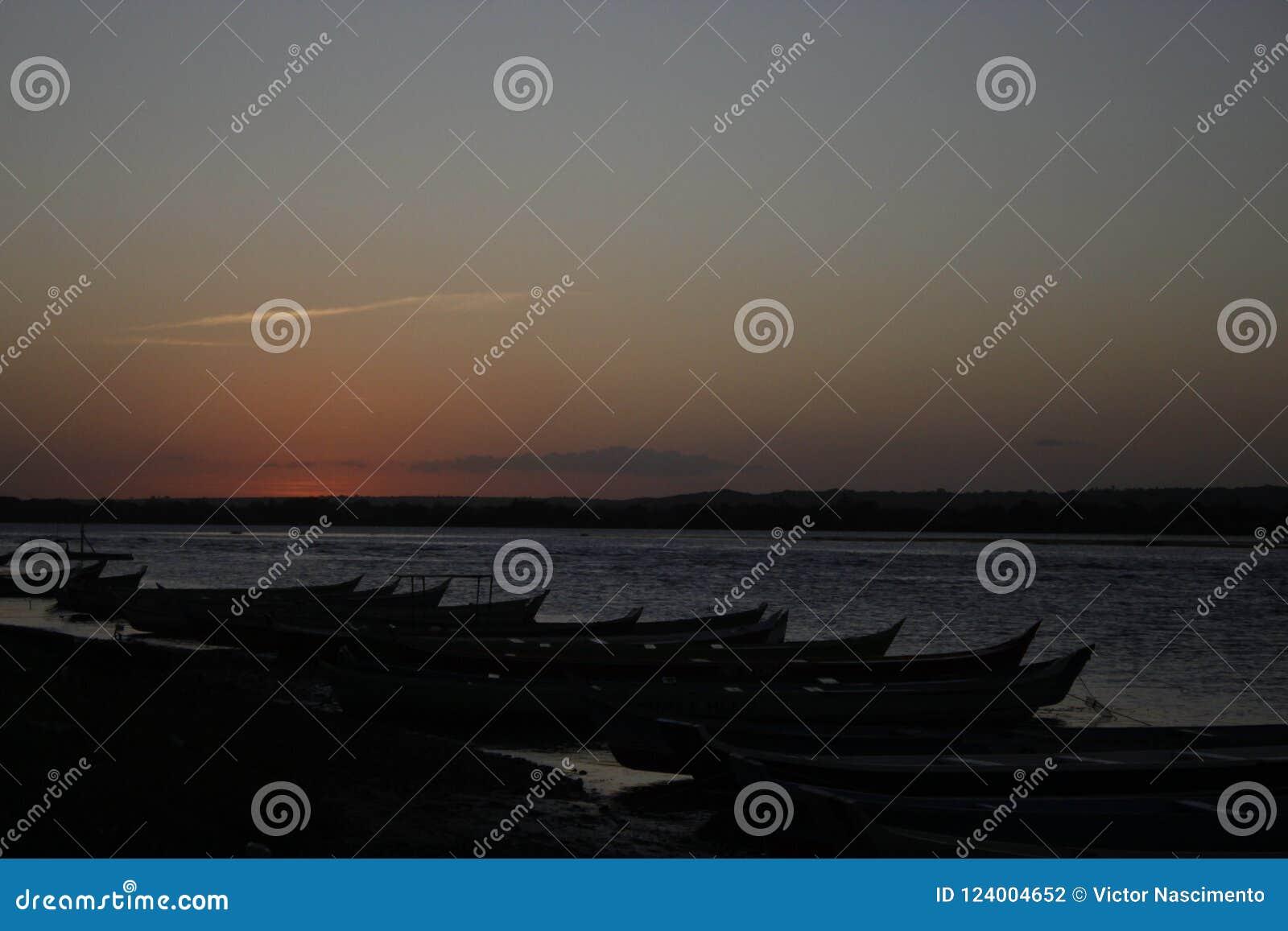 Coucher du soleil dans le sao Francisco River