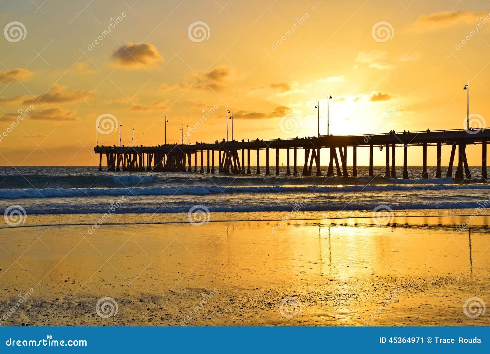 Coucher du soleil de plage de Venise