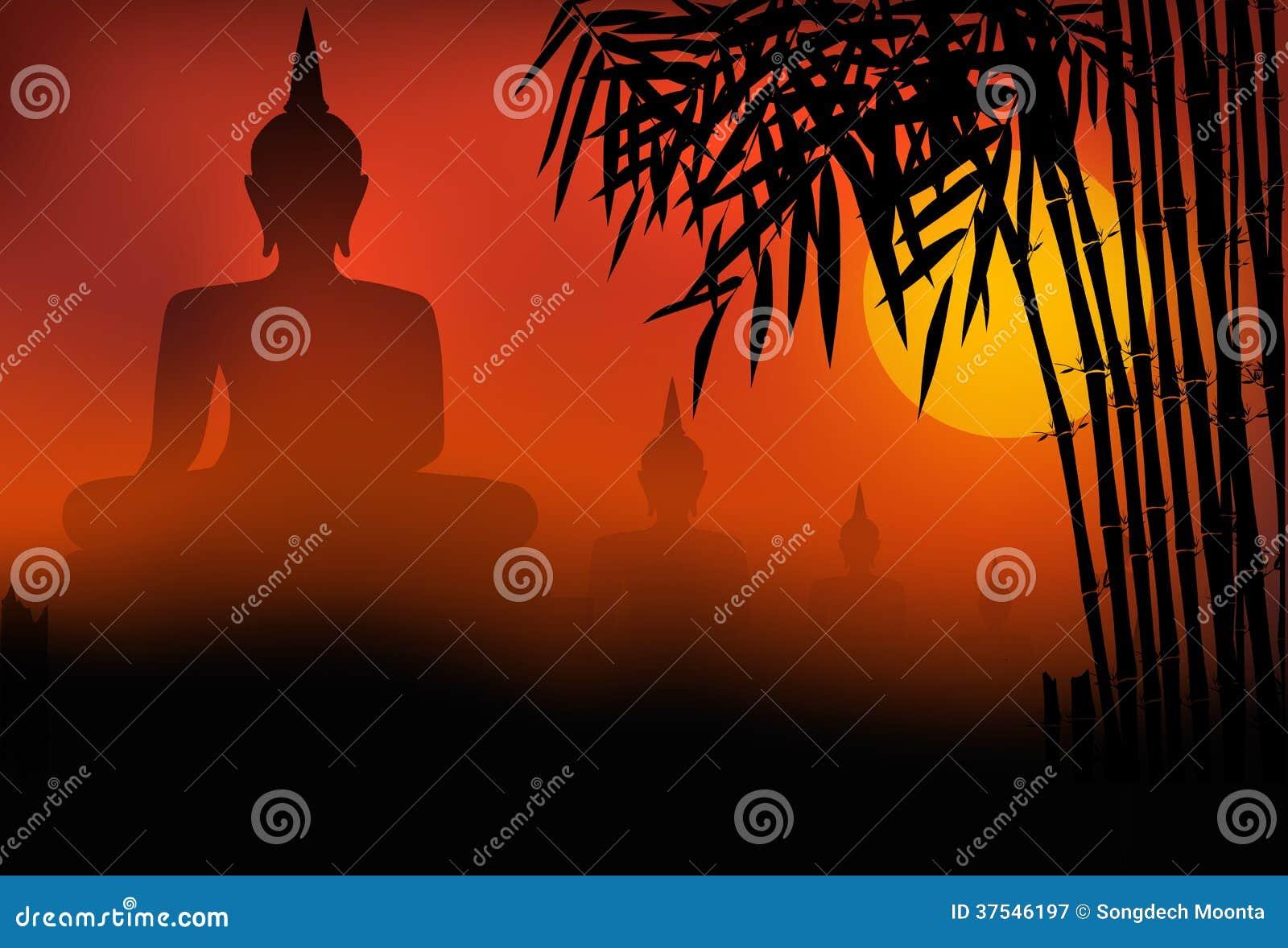 Coucher du soleil de statue de Bouddha