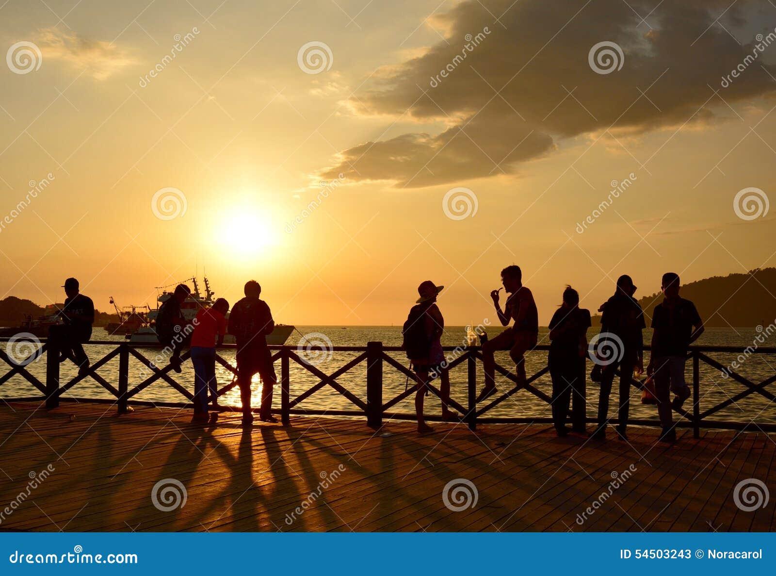 Coucher du soleil en Kota Kinabalu, Sabah Borneo