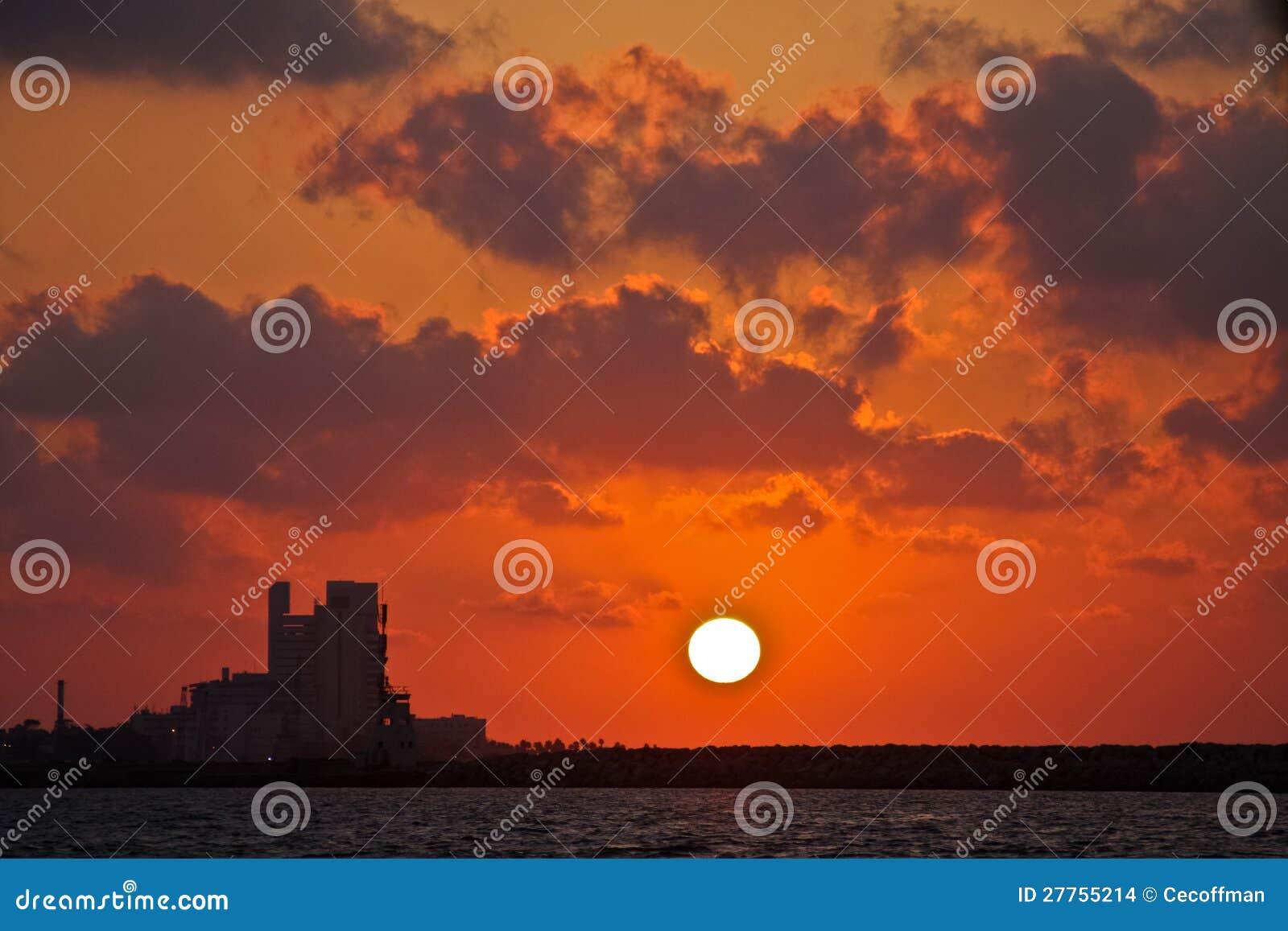 Coucher du soleil méditerranéen