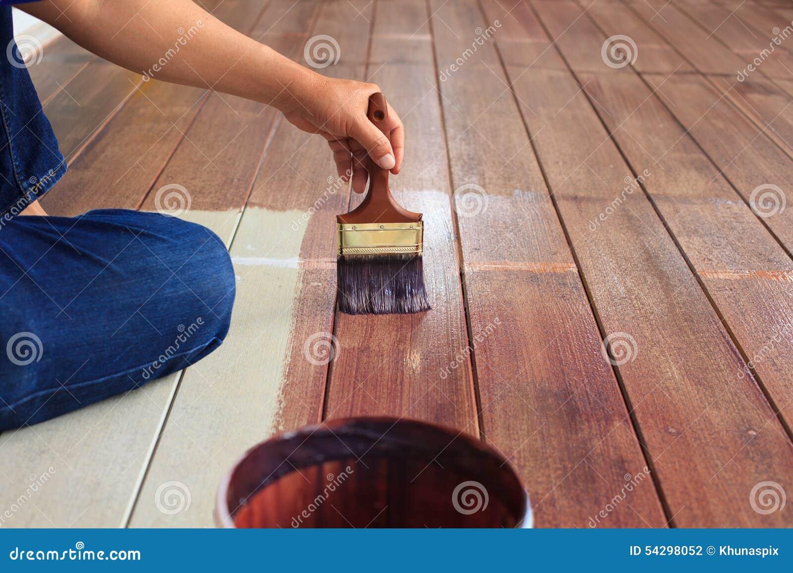 Couleur l 39 huile de peinture de main sur l 39 utilisation du bois de plancher pour la maison for Peinture plancher en bois