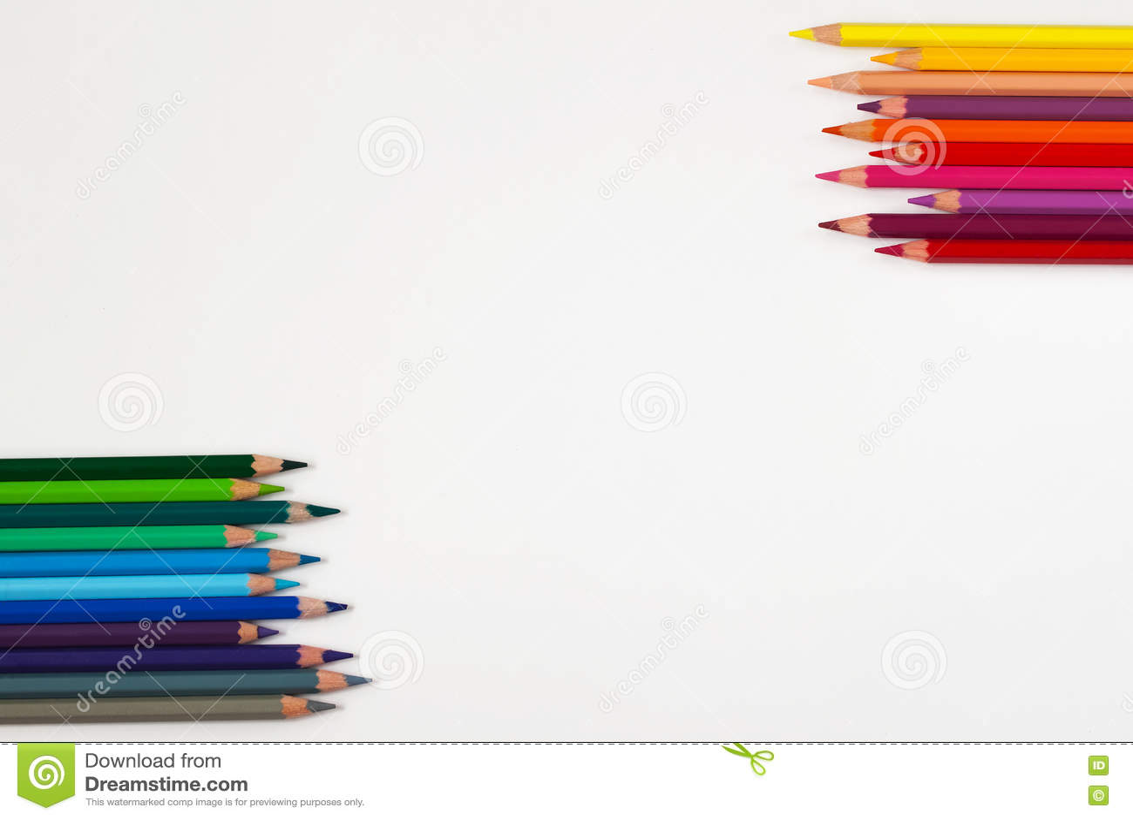 Couleurs Chaudes Et Fraîches Des Crayons Colorés Sur Le Blanc Photo ...