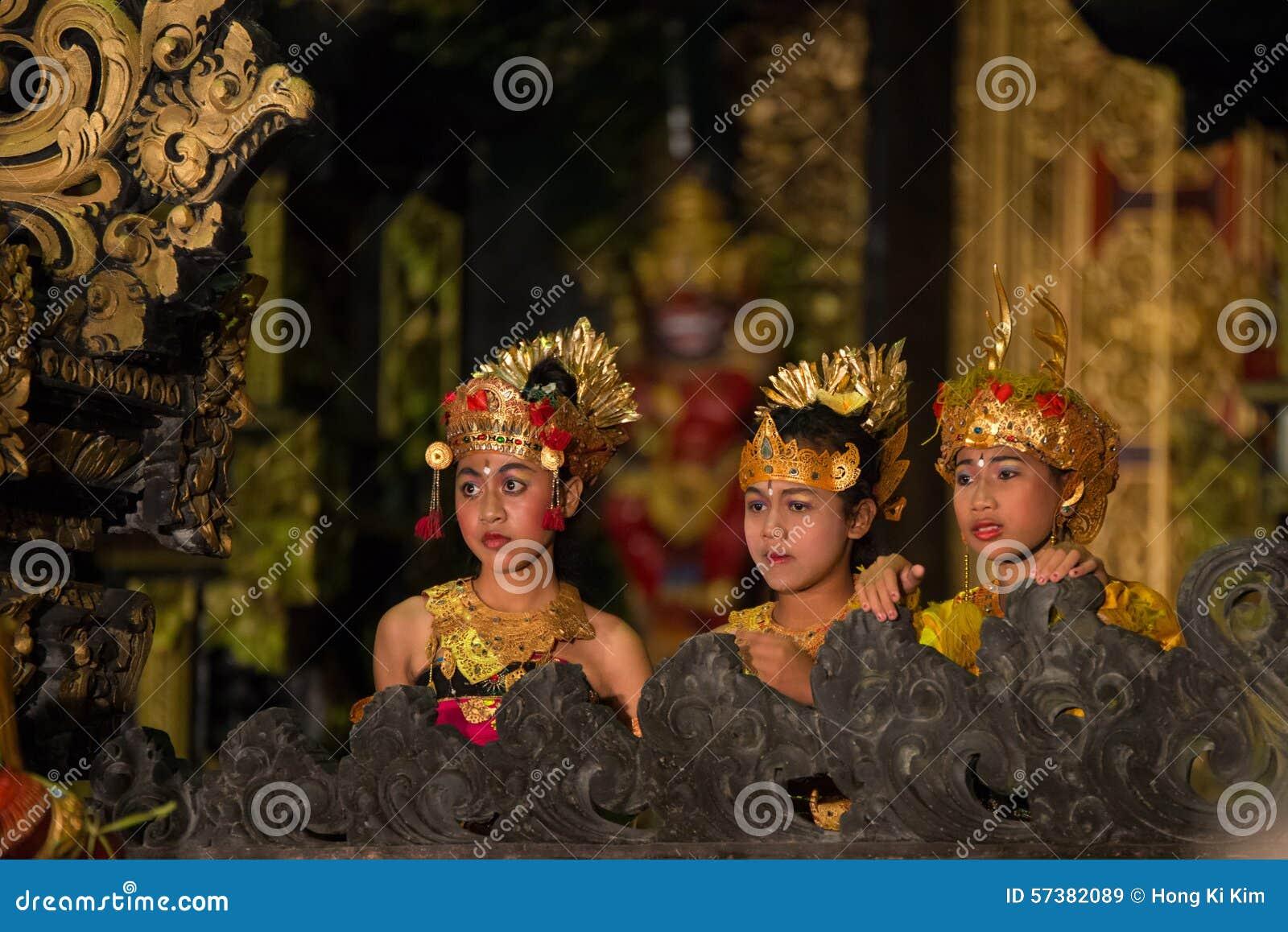 Coulisse van Balinese Dans (Kecak-Dans)