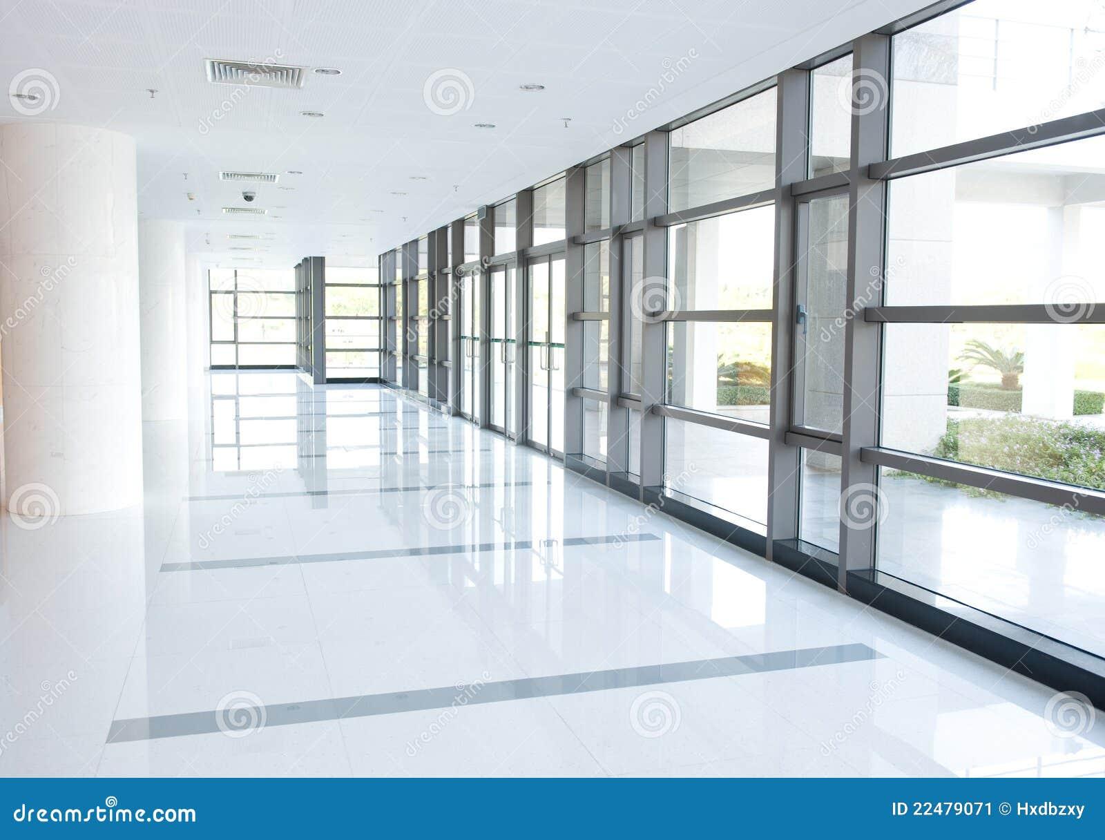 Couloir de l immeuble de bureaux