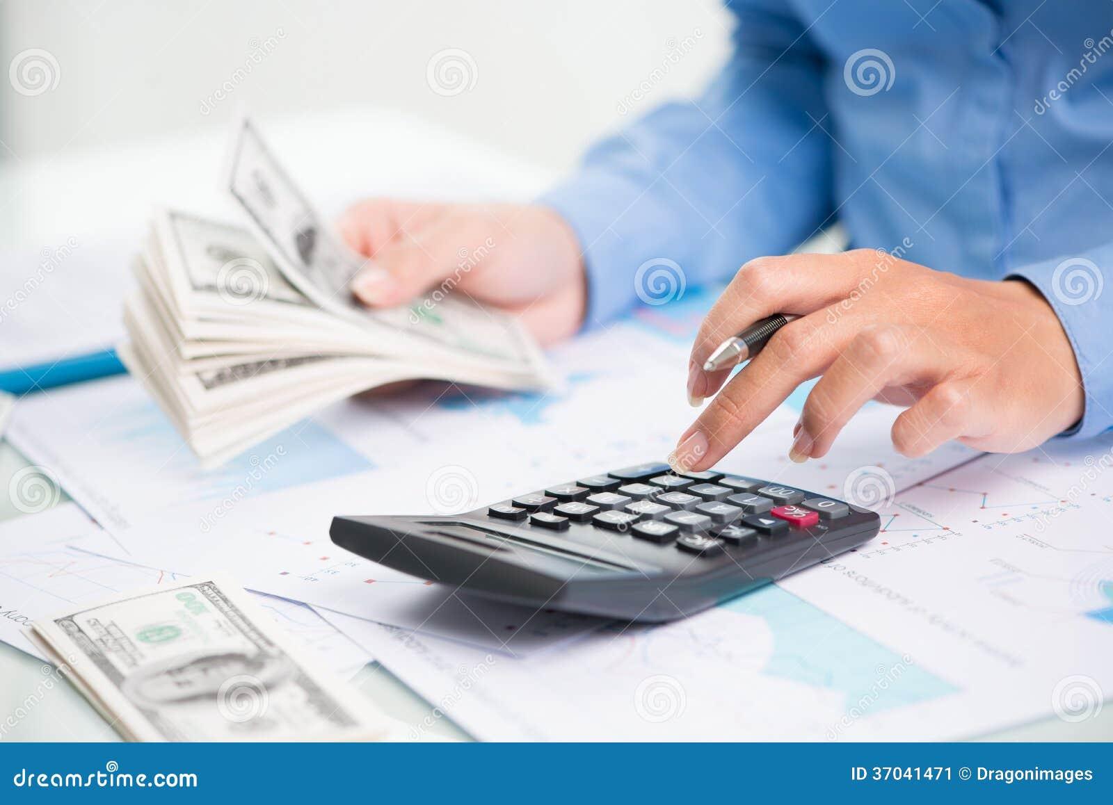 Как исчислить налоги с новогодних праздничных расходов? 25