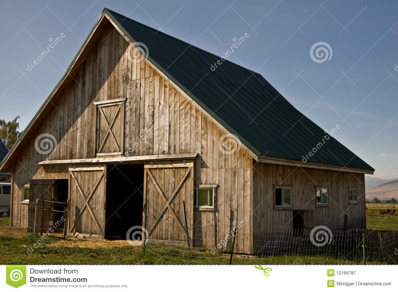 Free barn plans download free plans for small barns for Country barn plans