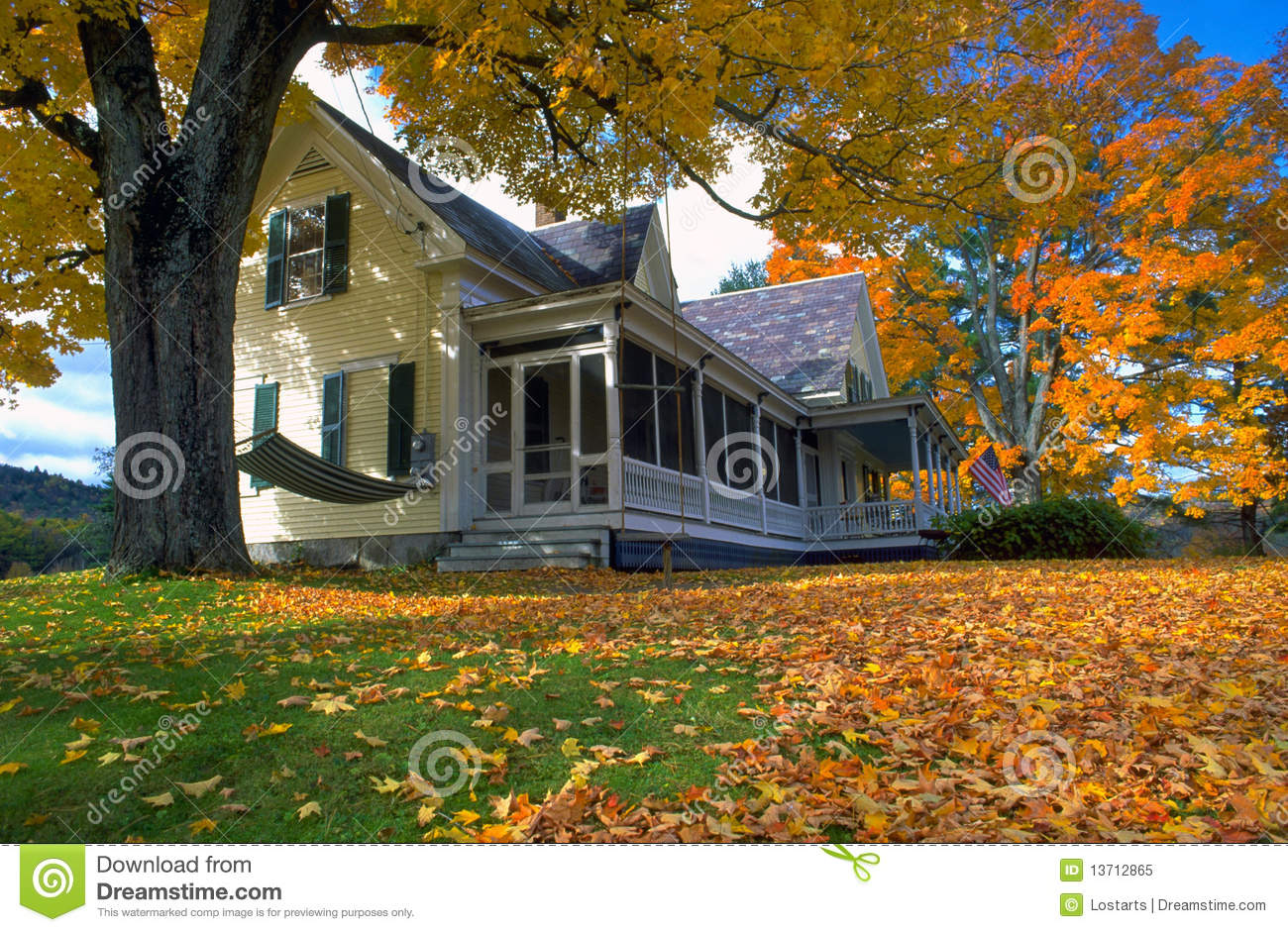 New Hampshire Home In Autumn Stock Image Image Of