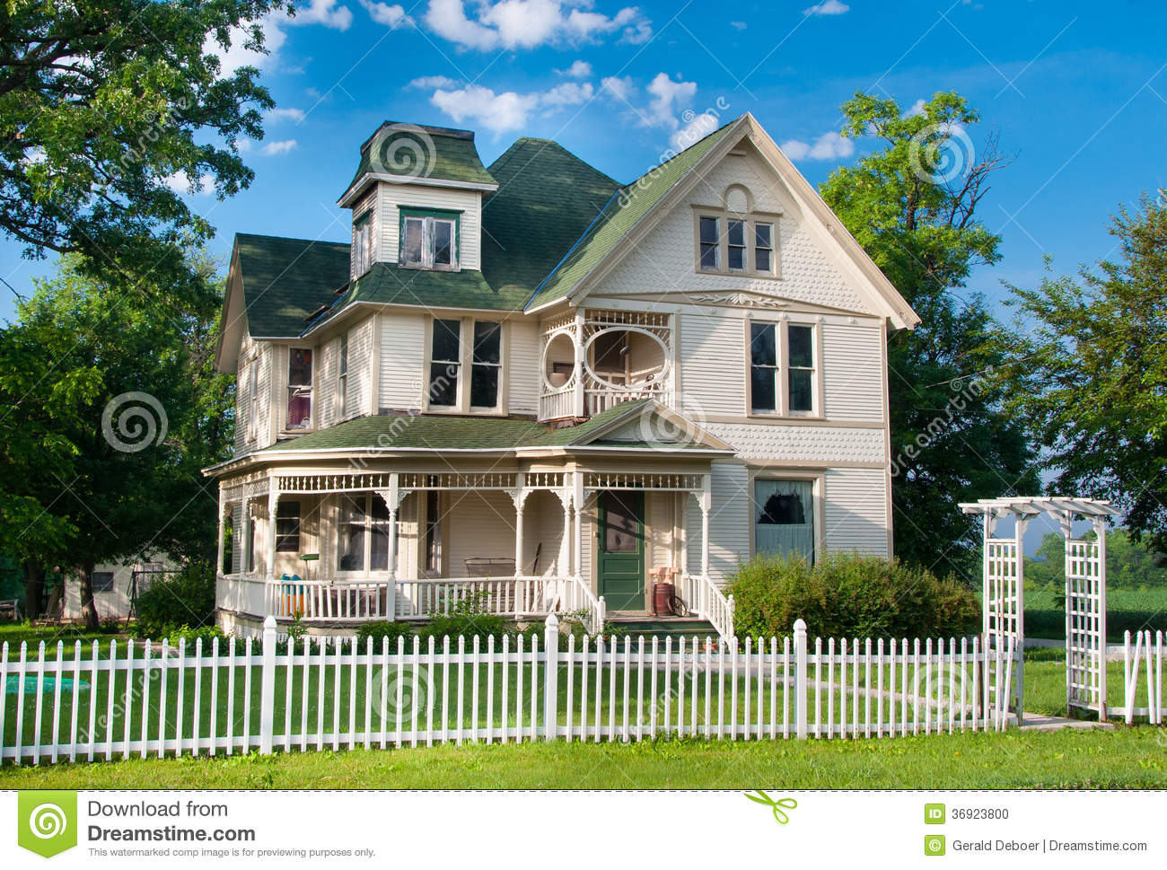 Country Home Stock Photo Image 36923800