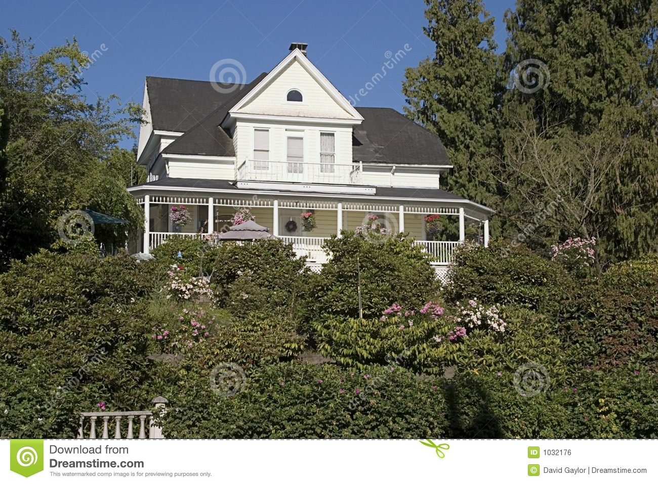 Country house royalty free stock image image 1032176 for Country house online