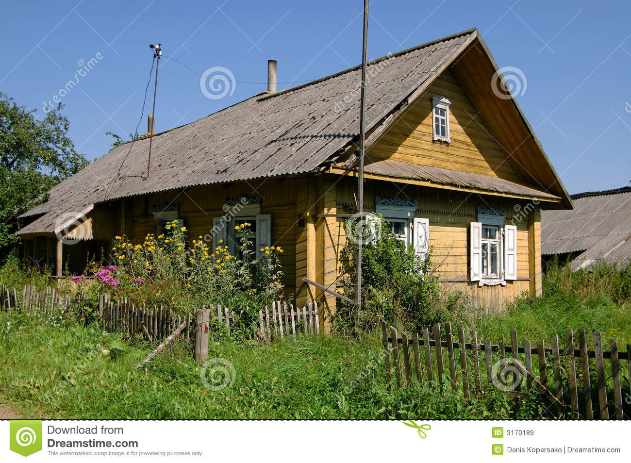 Country house royalty free stock images image 3170189 for Country house online