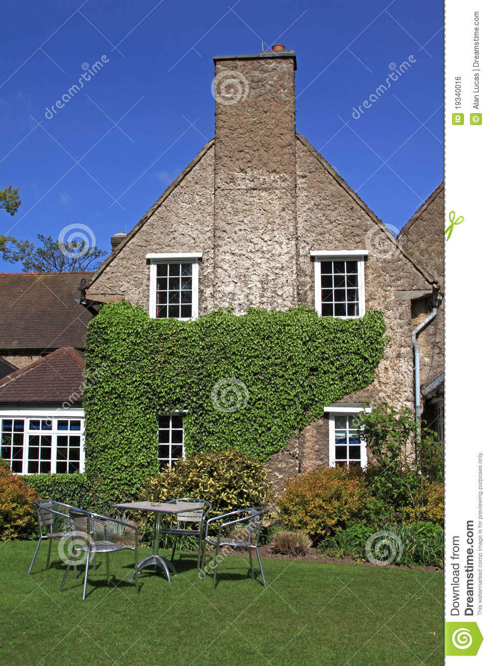 Country house hotel royalty free stock image image 19340016 for Country house online