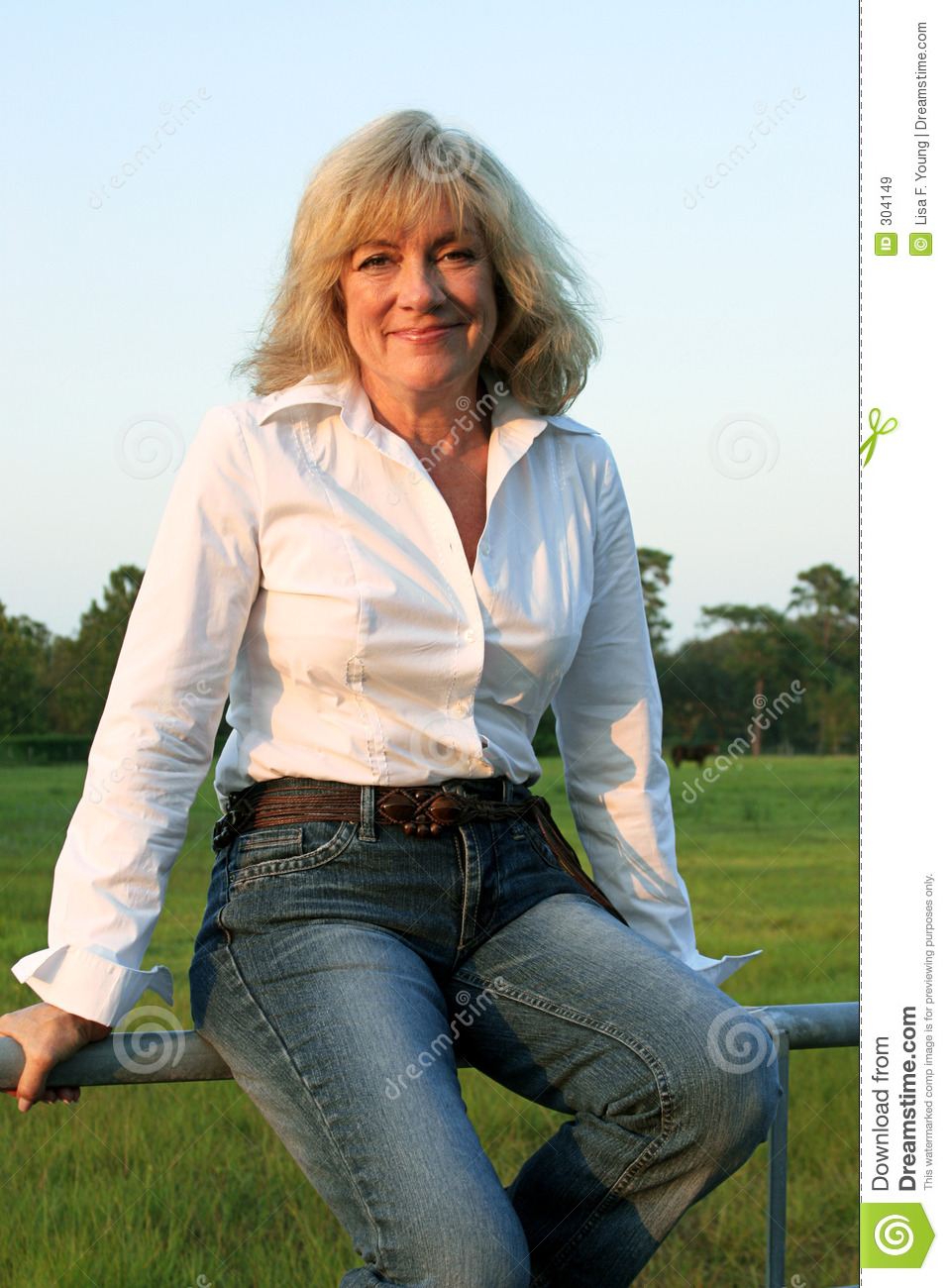Country Western Woman 2 Royalty Free Stock Images - Image: 304149