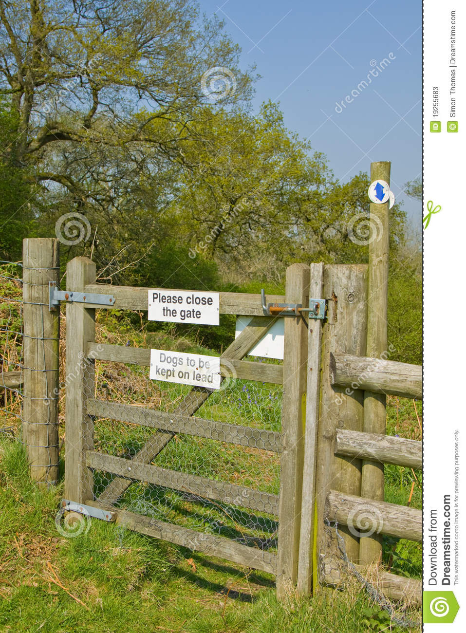Countryside Gate Stock Image Image Of Kissing Close