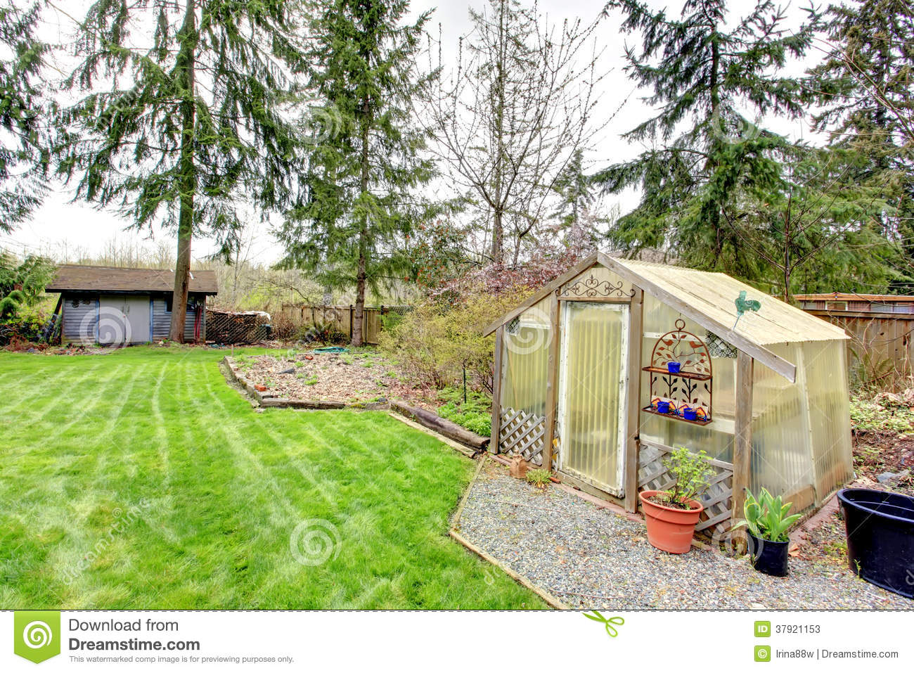 Countryside house backyard view stock photos image 37921153 - Countryside dream gardens ...