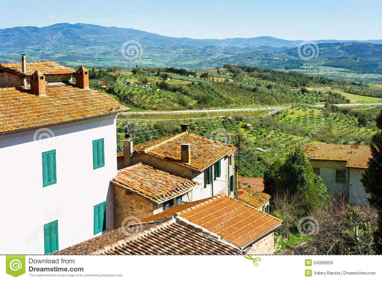 Countryside landscape with red roofs of houses toscana Toscana house