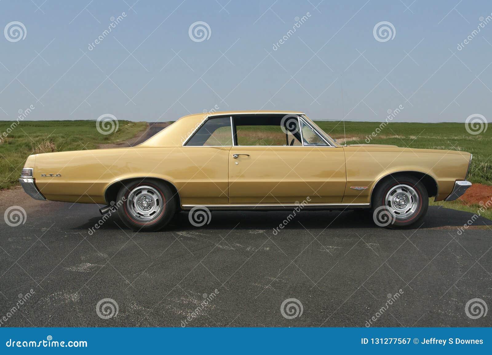 Coupé-Muskelauto 1965 Pontiacs GTO