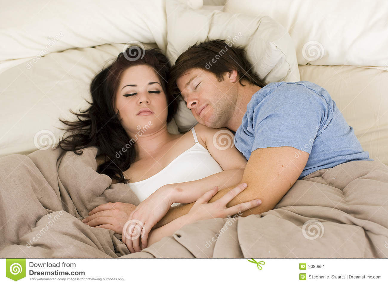 couple in bed stock image image 9080851. Black Bedroom Furniture Sets. Home Design Ideas