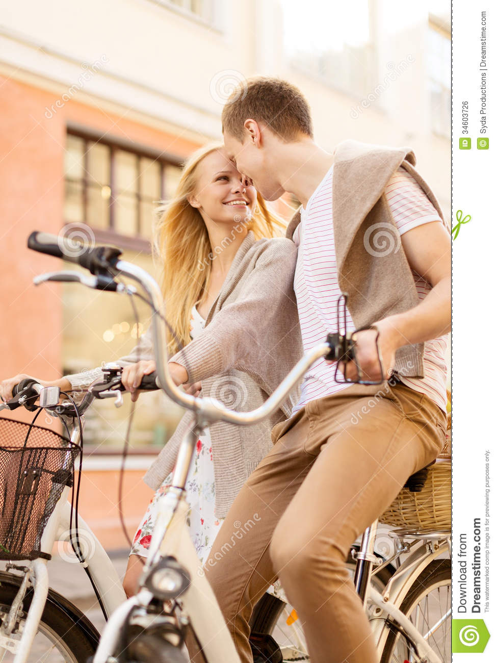 what is a dating relationship based on The compatibility-based online dating service is specifically for people who want to form a lasting, honest and sincere relationship parship is the british branch.